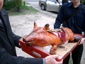 Roast_Suckling_Pig_(2505471024)